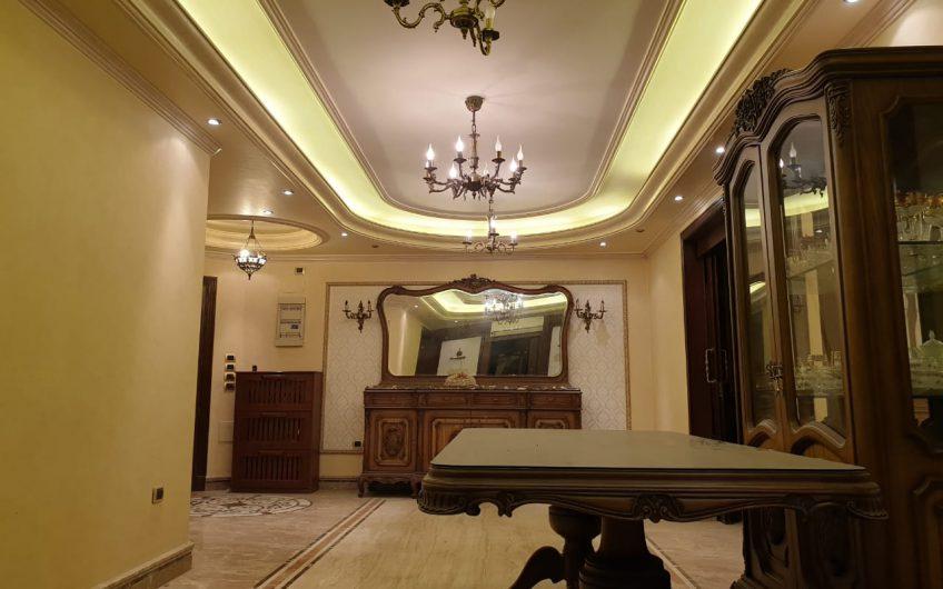 شقة للبيع 360 متر بأفضل موقع فى عباس العقاد الرئيسى