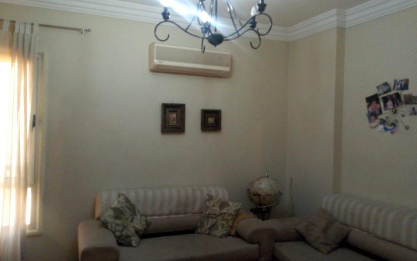شقة 230 متر للبيع مسجلة بحصة جراج من احمد فخرى