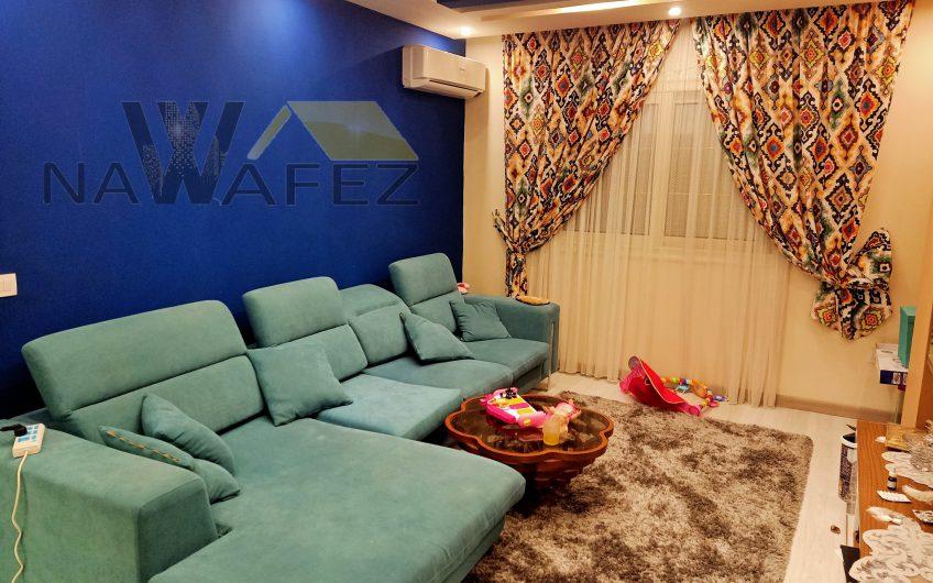 شقة للبيع 220 متر فرصة رائعة للاستثمار أو السكن امام النادى الاهلى عمارة فندقية شارع رئيسى حصة جراج