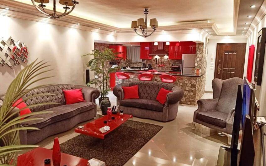 شقة للبيع 140 متر بجوار سفارة الامارات بالفرش كامل والاجهزة