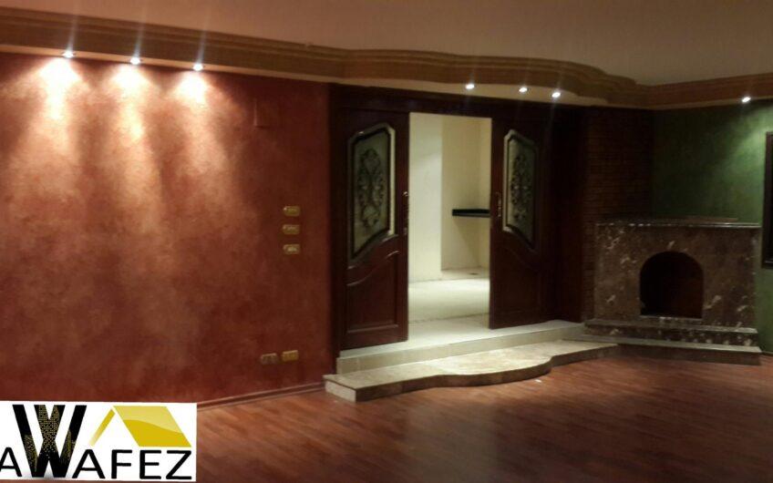 شقة 220 متر  للايجار بالمربع الذهبى خطوات من عباس العقاد