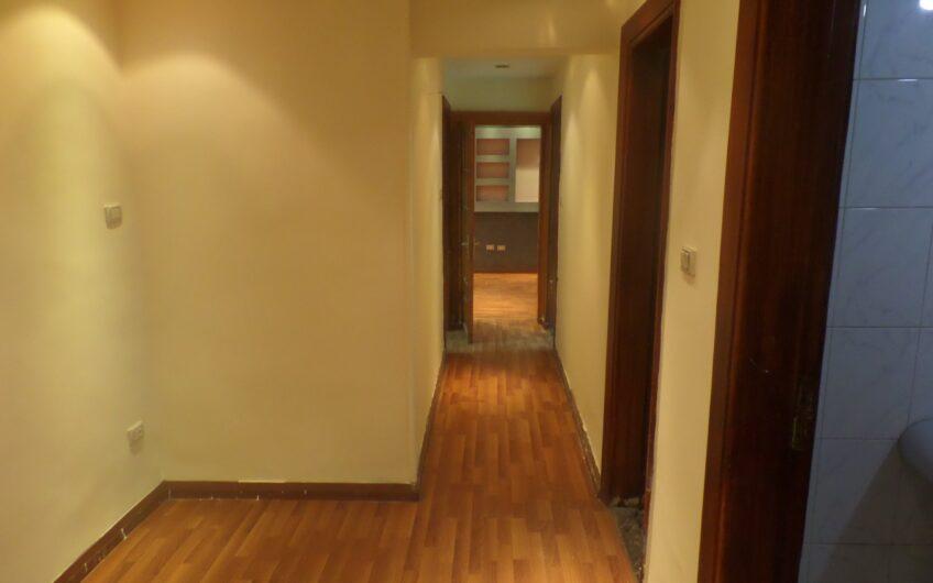 شقة للايجار بارض الجولف بجوار دار الدفاع  الجوى شارع النزهة الرئيسى  خطوات من سيتى ستارز
