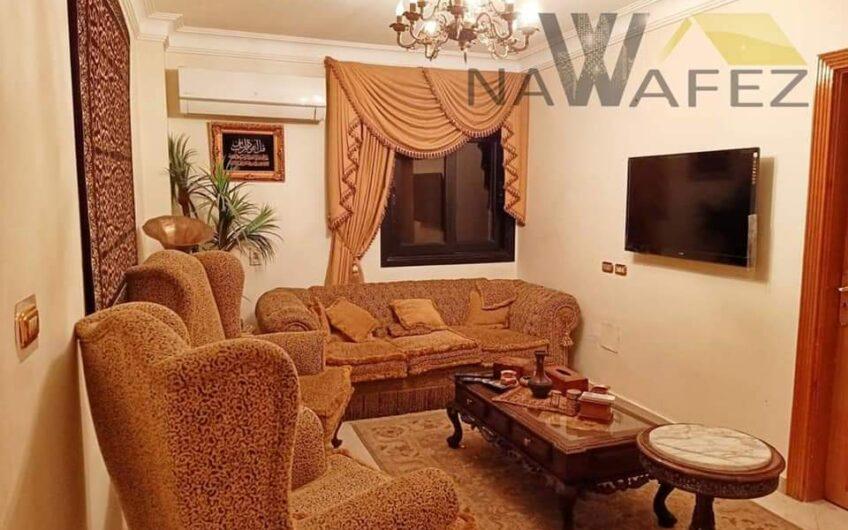 شقة للبيع 220 متر بموقع مميز بحى السفارات مدينة نصر